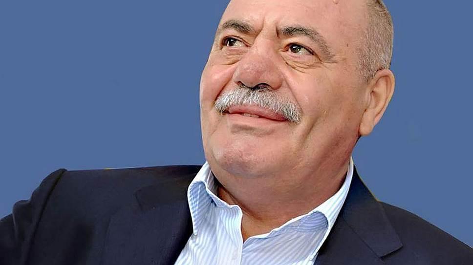 Армянского депутата обвиняют в присвоении чужого имущества и хранении оружия