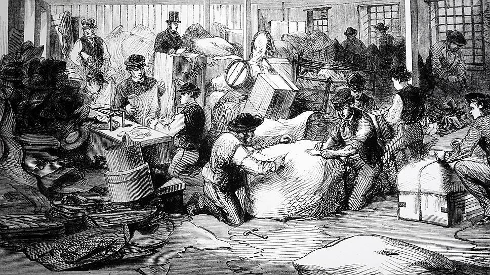 В Англии во время хлопкового кризиса, вызванного американской Гражданской войной, помощь бедным вещами приобрела значительные масштабы