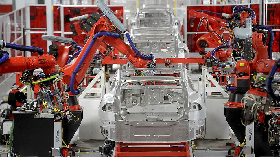 Электромобили Tesla — технологический прорыв, при этом сама компания глубоко убыточна