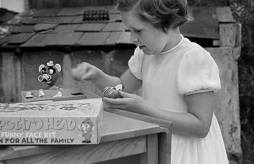 Тысячам американских детей был знаком мистер «Картофельная голова» — из пластмассы и с дополнительными аксессуарами