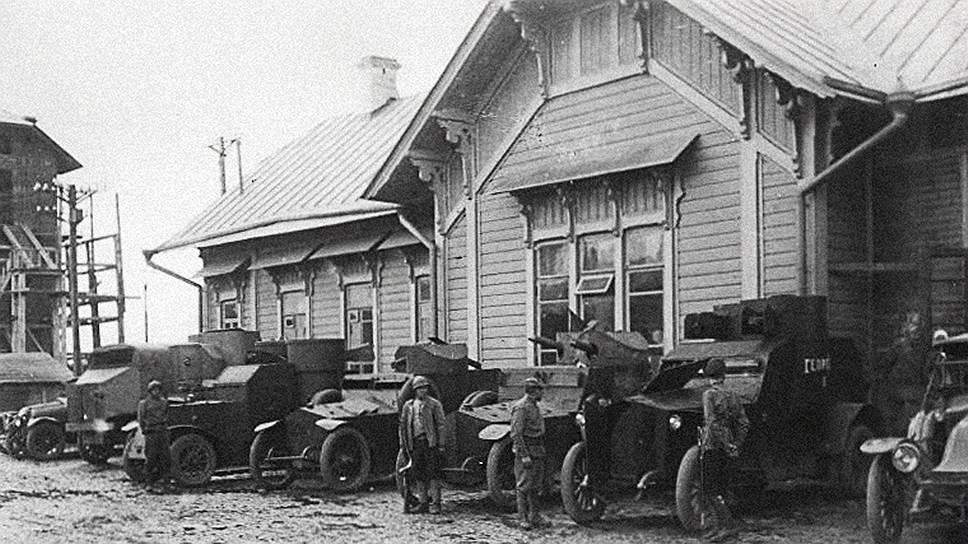 На стратегически важной железнодорожной станции Всполье находился штаб красных