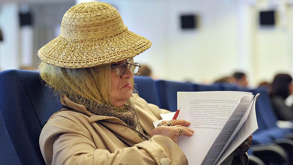 Зачем пенсионеры берут в долг