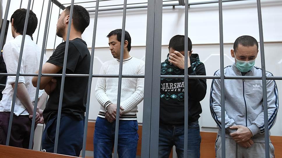 Обвиняемых в теракте в метро Санкт-Петербурга объединили в одну организацию