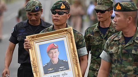 В Таиланде во время операции по спасению детей погиб водолаз