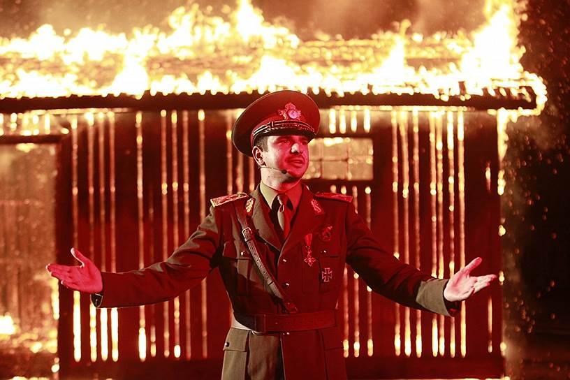 Кадр из фильма «Мне плевать, что мы войдем в историю как варвары» румынского режиссера Раду Жуде