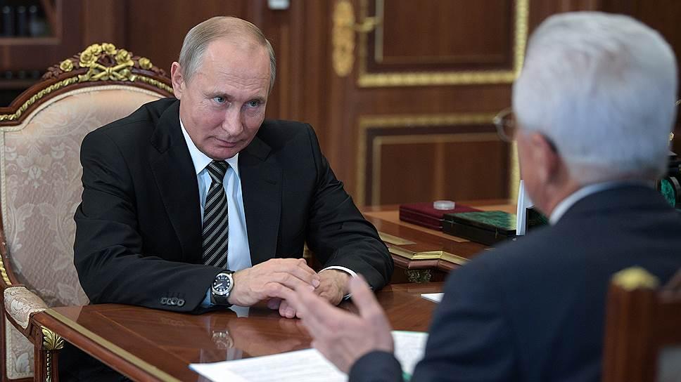 Что Владимир Васильев рассказал президенту о зачистках чиновников в Дагестане