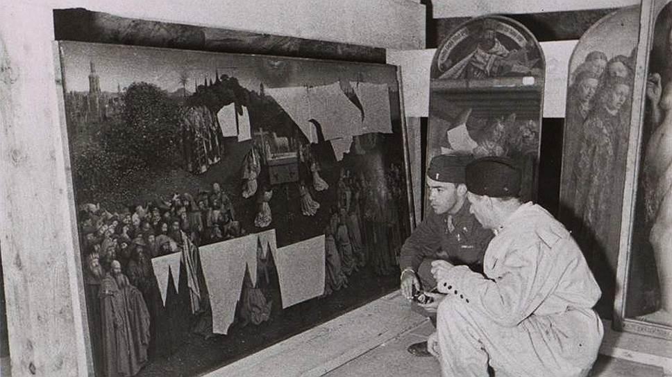 Гитлеровцы спрятали Гентский алтарь в соляной шахте, где он был обнаружен американскими солдатами