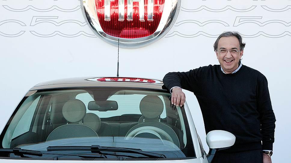 Серджо Маркьонне на презентации Fiat 500 (2016 год)