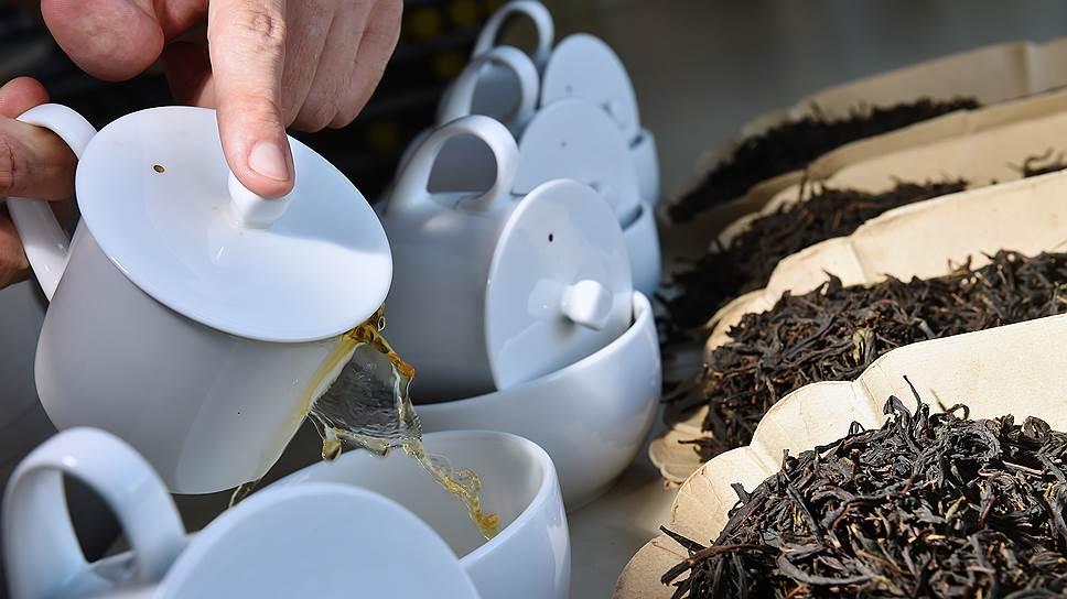 После того как иван-чай стали сушить и ферментировать, по вкусу он стал ближе к обычному черному чаю