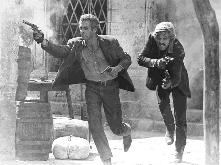 В 1969 году одна из главных ролей в вестерне «Буч Кэссиди и Сандэнс Кид» закрепила его успех. Она принесла Редфорду первую престижную награду — премию Британской киноакадемии BAFTA<br> На фото: с партнером по фильму «Буч Кэссиди и Сандэнс Кид» Полом Ньюманом (слева)