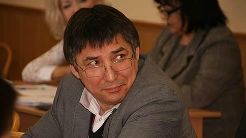 Единороссу не хватило двух минут // Кандидат в Курултай Башкирии не смог снять конкурента с выборов