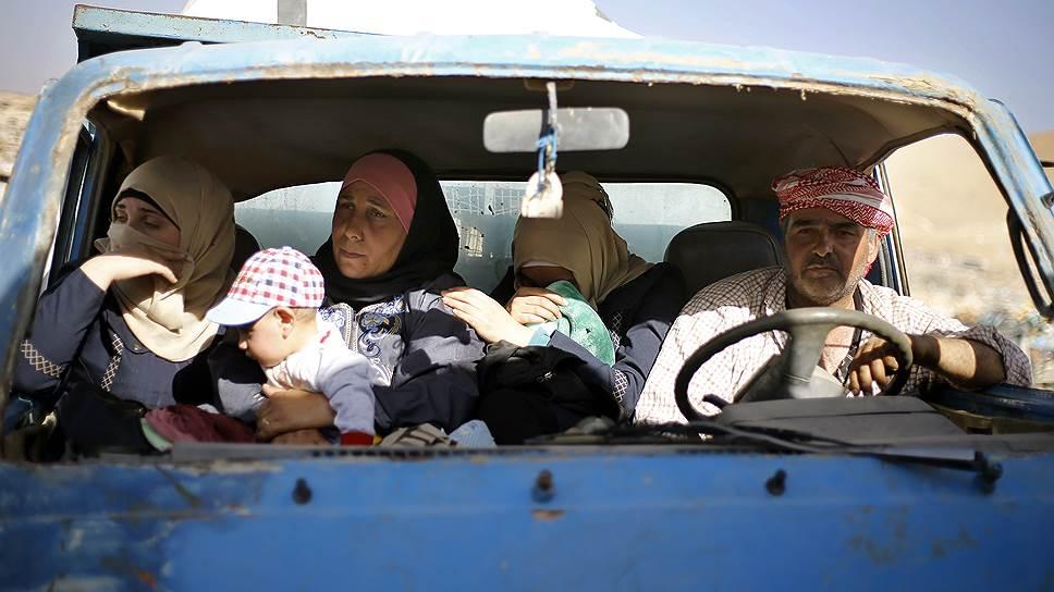 Россия и Ливан готовят сирийских беженцев к возвращению