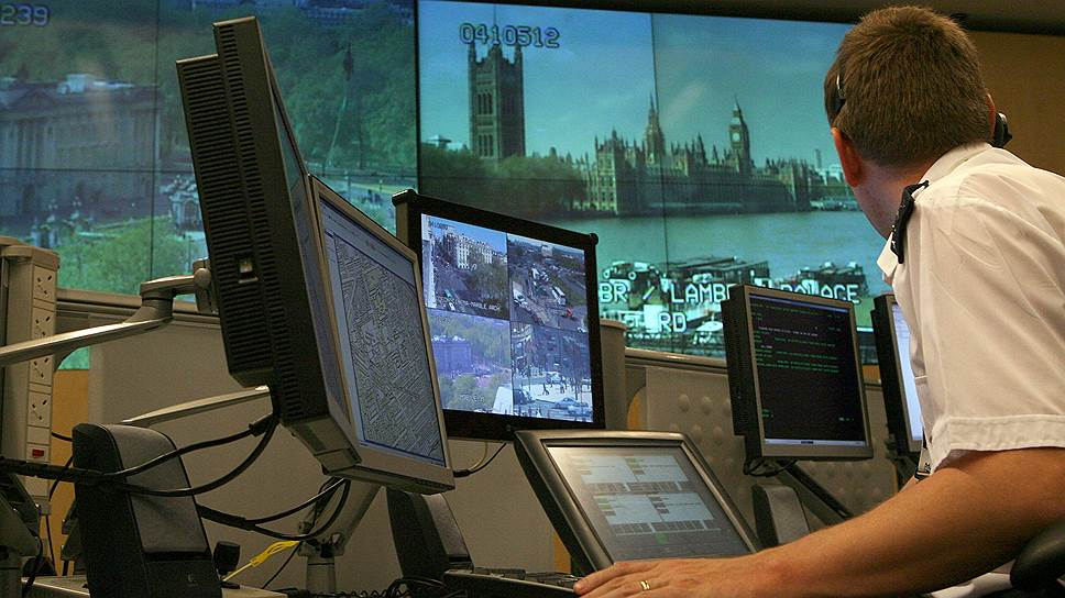 Met Police (служба полиции Лондона) — одна из самых оснащенных в мире полицейских служб (на фото — диспетчерская центрального офиса)