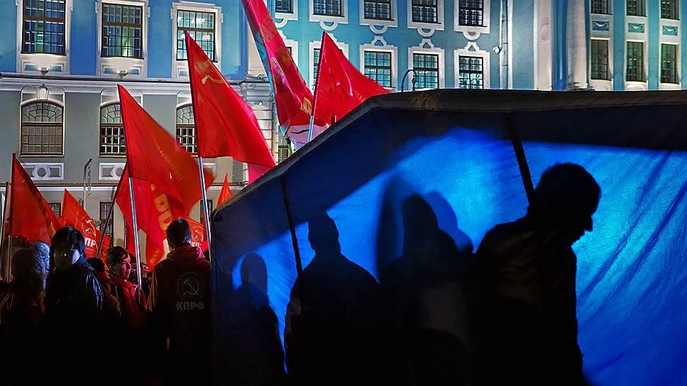 Почему КПРФ и ЛДПР не нашли общего языка во вторых турах губернаторских выборов