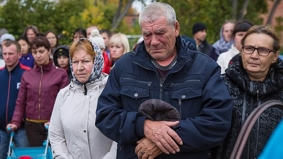 """Корреспондент """"Ъ"""" узнала, как в Кемерово прожили полгода после пожара в «Зимней вишне»"""