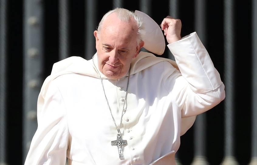 <strong>Папа римский Франциск</strong> <br> «Католическая церковь никогда не позволит, чтобы с ее стороны проявился подход, провоцирующий разделения. Мы никогда этого не позволим. Я этого не хочу. В России только один патриархат — ваш. И у нас не будет другого»