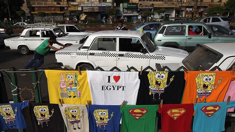 Каир славится не только своими пробками, но и умением их использовать для розничной торговли