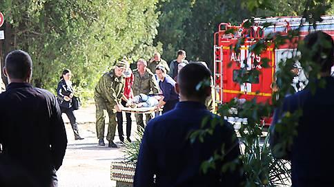 Нападение на колледж в Керчи // Онлайн-трансляция: в результате взрыва и расстрела учащихся погибли 20 человек, нападавший покончил с собой