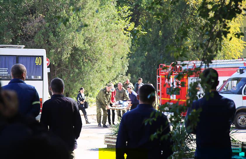Массовое убийство в Керченском политехническом колледже произошло 17 октября 2018 года около полудня