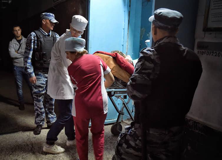 Семьи погибших и пострадавшие в результате взрыва и стрельбы в Керченском политехническом колледже получили почти 111 млн руб. выплат