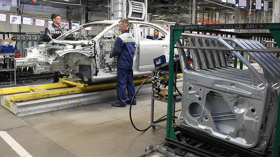 Почему срок прекращения отношений группы ГАЗ с компаниями США был сдвинут почти на два месяца