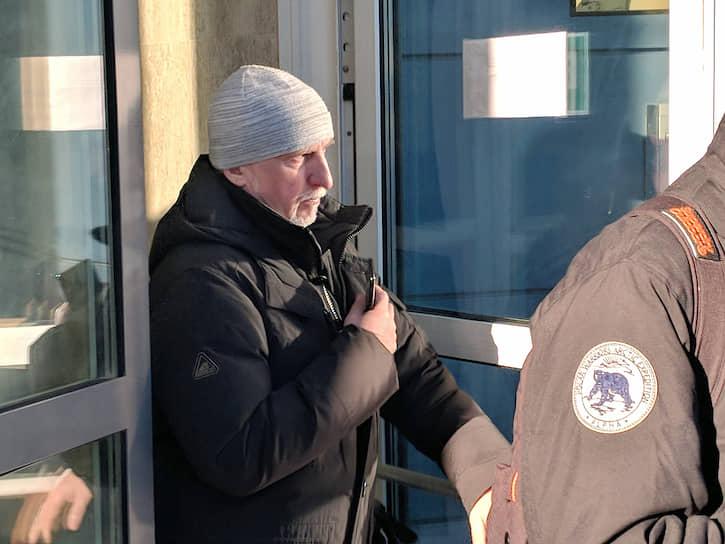 <strong>Дмитрий Дорошенко, свидетель обвинения</strong> По его словам, обналичивал нужные суммы и передавал Педченко по его просьбе. В ходе допроса в суде заявил, что знает Серебренникова «по телевизору»