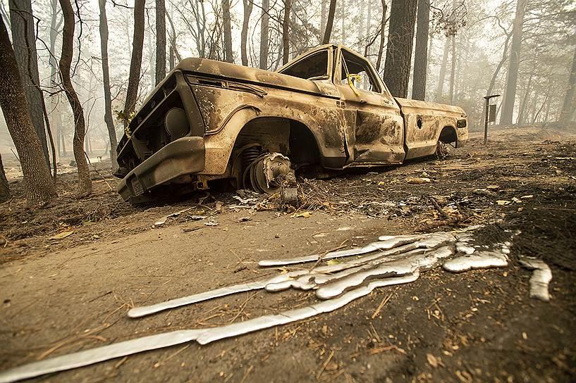 Лесной пожар почти полностью уничтожил город с райским названием Парадайс в Калифорнии