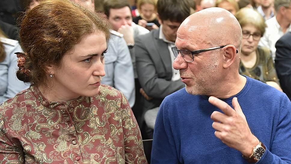 Директор РАМТа Софья Апфельбаум и бывший генпродюсер «Седьмой студии» Алексей Малобродский