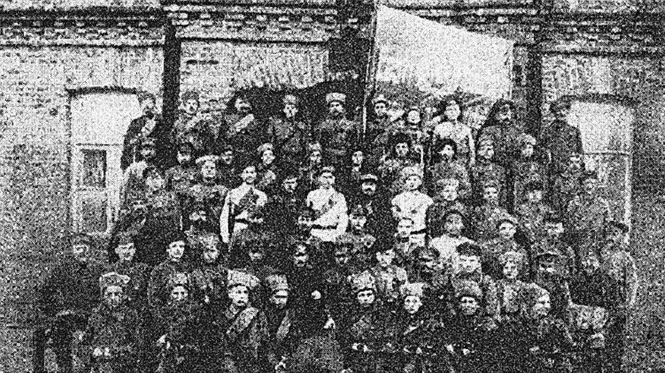 Территория и сам факт существования коммуны напрямую зависели от боевых успехов эстонских коммунистических полков