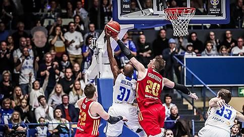Баскетболисты уложились в пять минут // Сборная России одержала сложнейшую победу над командой Финляндии
