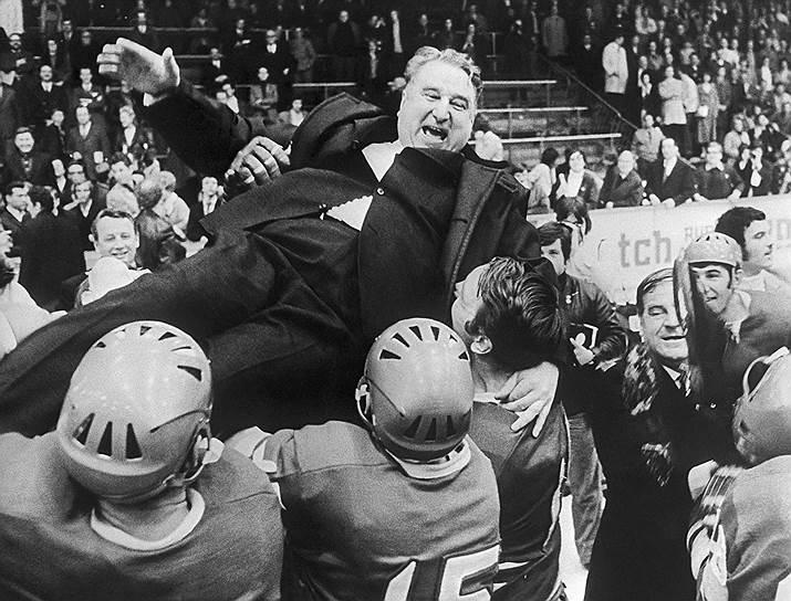 В 1964 году основал действующий до сих пор Всероссийский хоккейный турнир среди детских команд «Золотая шайба»