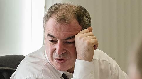 Строители АЭС по совместительству  / «Росатом» решил не искать замену для врио губернатора Сахалина
