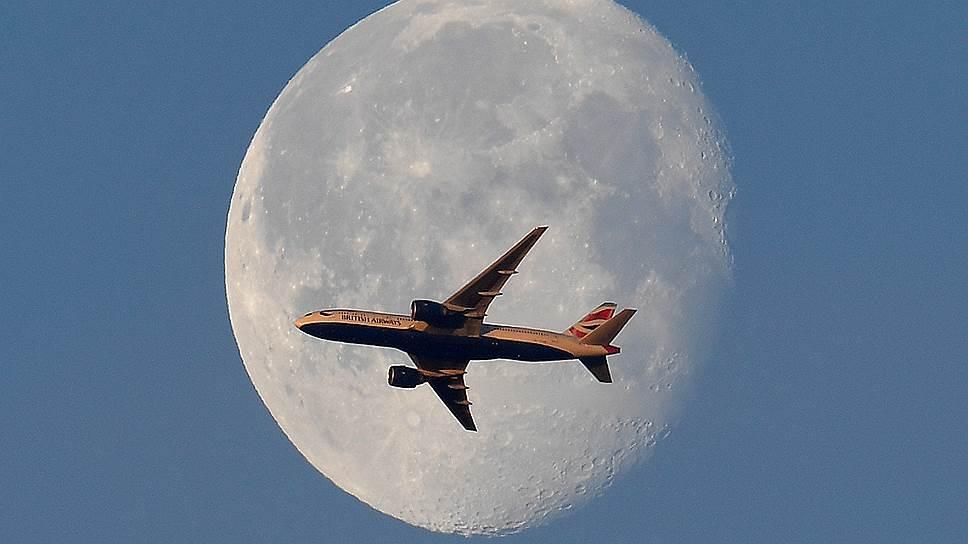 Мировой авиации пообещали прибыльный 2019 год