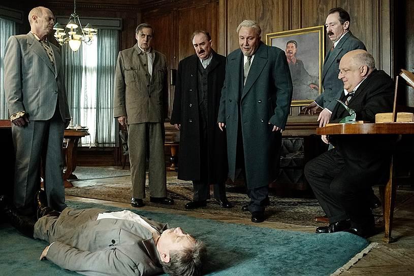 В России запретили фильм «Смерть Сталина» британского режиссера Армандо Ианнуччи. Минкульт прислал кинопрокатной компании «Вольга» письмо об отзыве прокатного удостоверения. Заметность: 794,30