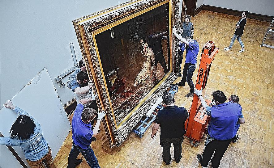 В Третьяковской галерее вандал повредил картину Репина «Иван Грозный и сын его Иван». Заметность: 812,88