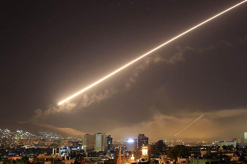 В ночь на 14 апреля вооруженные силы США, Великобритании и Франции нанесли более ста ракетных ударов по целям, связанным с объектами химической программы в Сирии