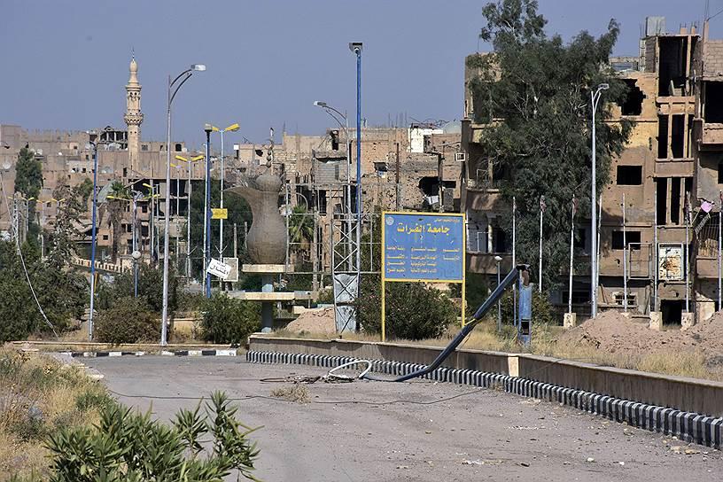 7 февраля в сирийской провинции Дейр-эз-Зор погибли российские граждане, предположительно члены частных военных компаний, принимавших участие в боевых действиях. Число погибших до сих пор официально неизвестно