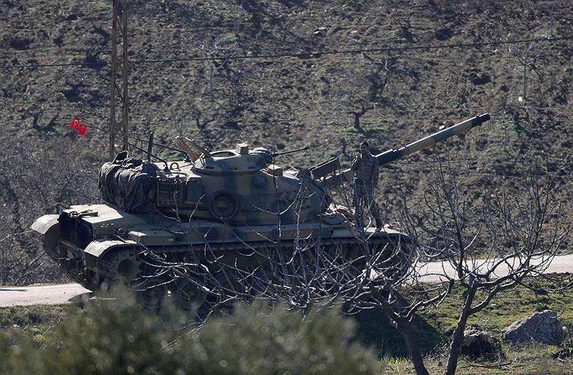 12 декабря президент Турции Реджеп Эрдоган объявил о намерении начать военную операцию против курдов к востоку от реки Евфрат. Это могло привести к столкновениям с американскими военными, которые вместе с курдами вели бои в этом районе против «Исламского государства»