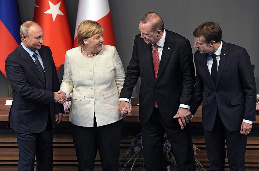27 октября в Стамбуле прошел саммит по вопросам сирийского урегулирования, в котором приняли участие Турция, Россия, Франция и Германия