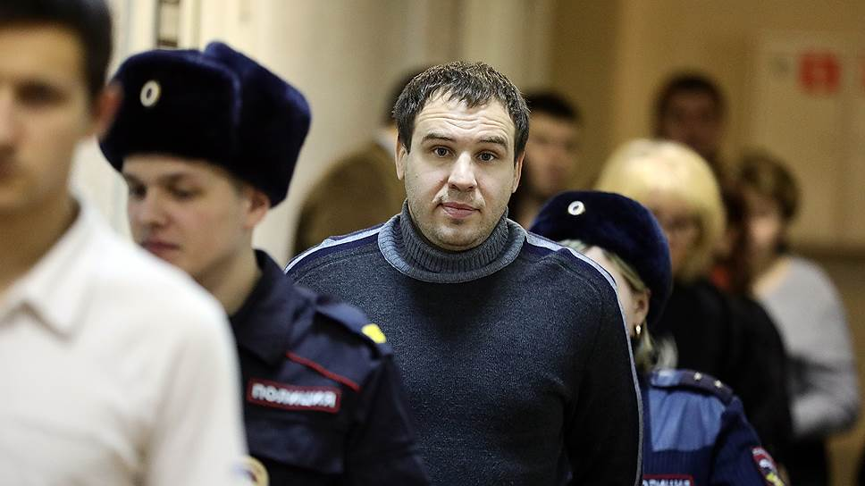 Василий Кирсанов
