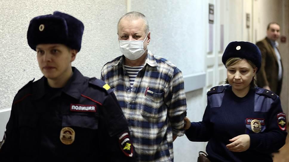 Главный редактор издания «В кризис.ру» Аркадий Орлов