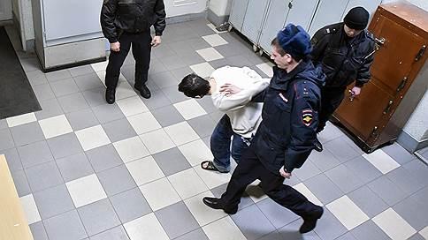 В военном суде ждут метротеррористов  / Генпрокуратура утвердила обвинительное заключение по делу участников террористического подполья