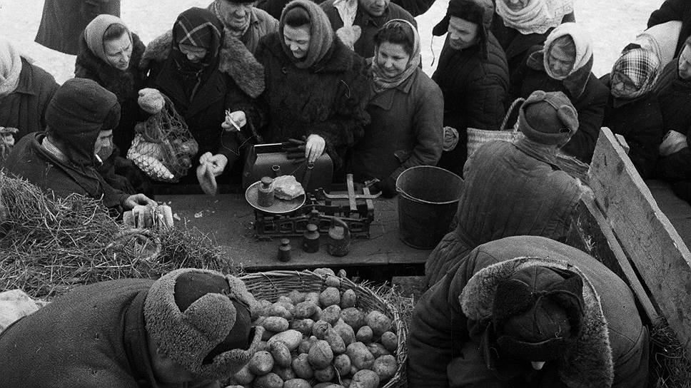 «В 2 и более раза цены картофеля повысились в Новосибирске, Кемерове, Ульяновске, Казани, Уфе, Саратове, Донецке, в большинстве городов Закавказья, Средней Азии и Казахстана»
