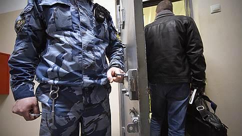 Генералов разжаловали в заключенные // Вынесен приговор по делу о коррупции во внутренних войсках МВД