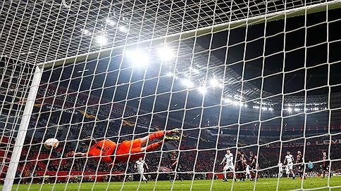 «Краснодар» забил где надо // В 1/16 финала Лиги Европы он сенсационно выбил «Байер»