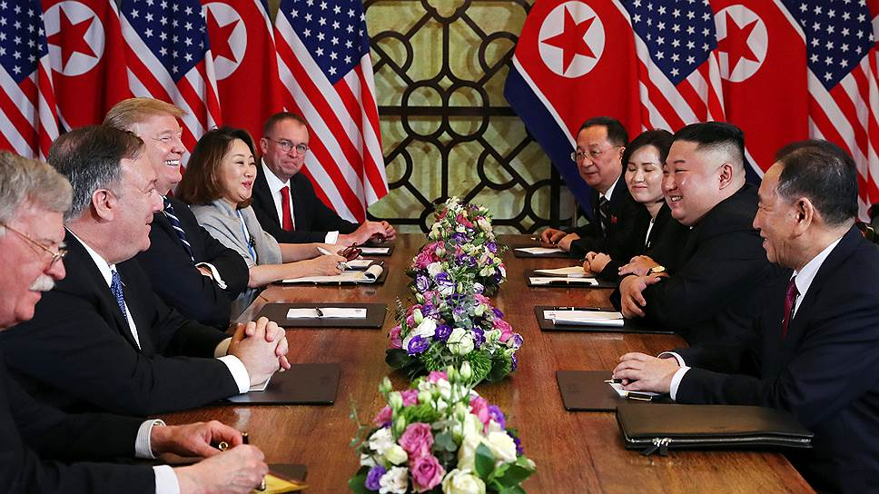 Двусторонняя встреча президента США Дональда Трампа и лидера КНДР Ким Чен Ына в Ханое (Вьетнам)