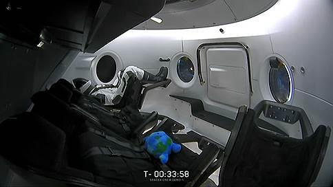 Crew Dragon долетел до МКС