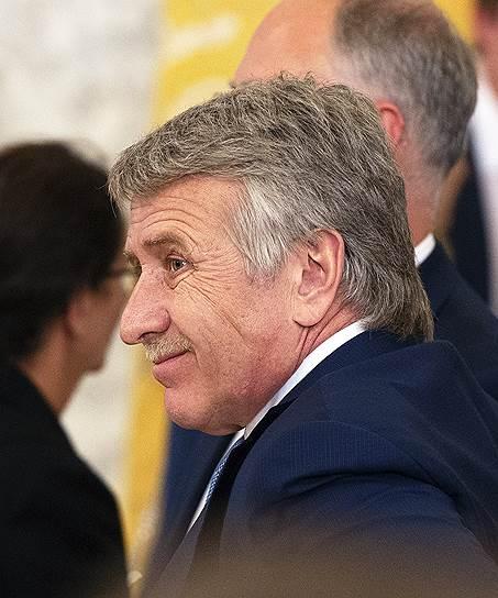 1-е место. Основной акционер НОВАТЭКа и СИБУРа Леонид Михельсон — $24 млрд