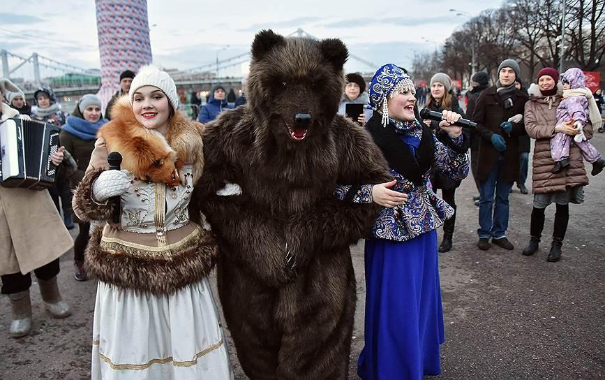 Празднование Масленицы в московском Парке Горького