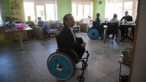 «Нам иногда в ночной клуб хочется — скидываемся и вызываем такси»  / Как в Пензе решают проблемы молодых людей с инвалидностью